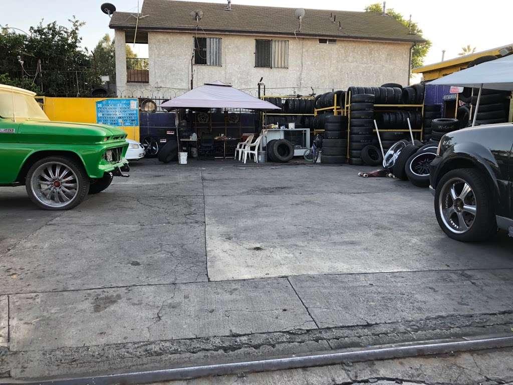 Leon Tires & Wheels - car repair  | Photo 3 of 10 | Address: 8431 S Main St, Los Angeles, CA 90003, USA | Phone: (323) 456-5405