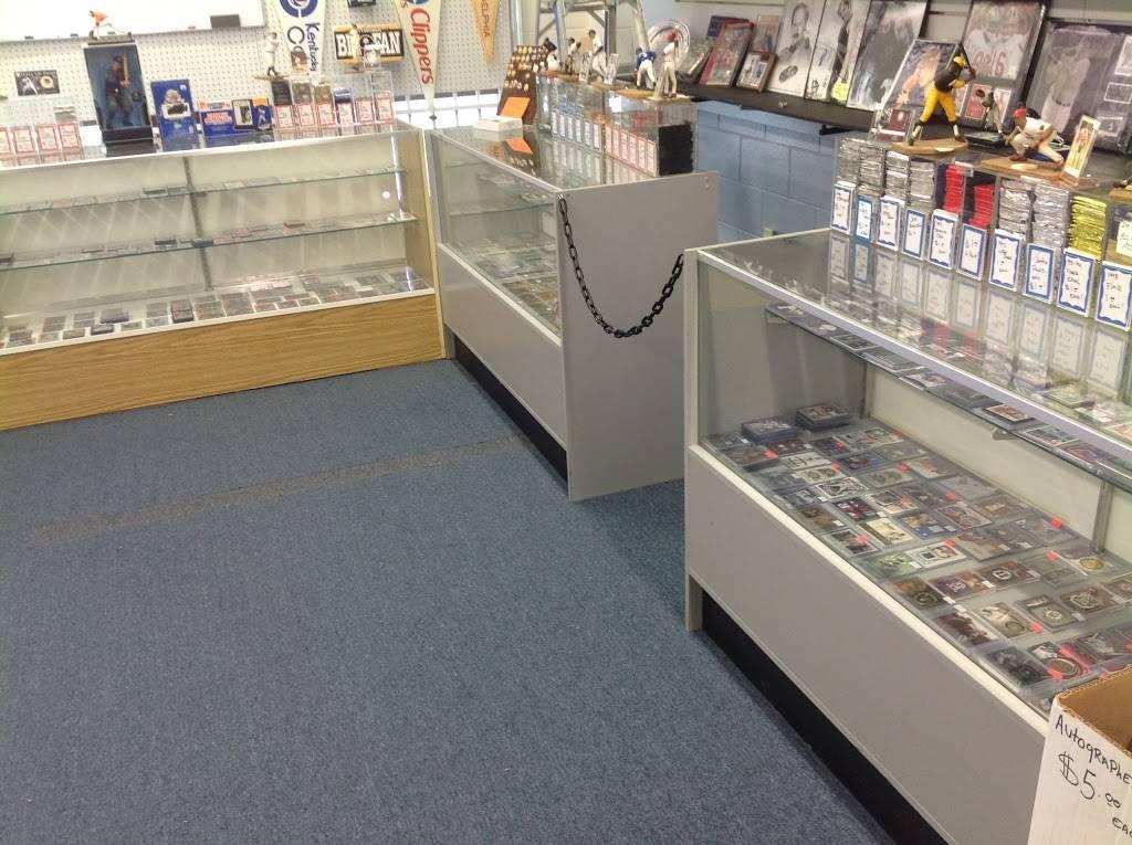 GameTime Sports Cards & Collectables - store  | Photo 9 of 10 | Address: 1449 Eubank Blvd NE, Albuquerque, NM 87112, USA | Phone: (505) 294-3087