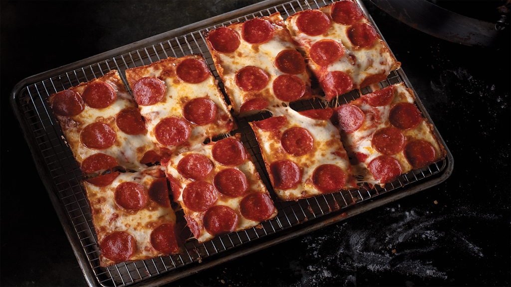Jets Pizza - meal delivery  | Photo 2 of 10 | Address: 5825 Maplecrest Rd, Fort Wayne, IN 46835, USA | Phone: (260) 485-8550