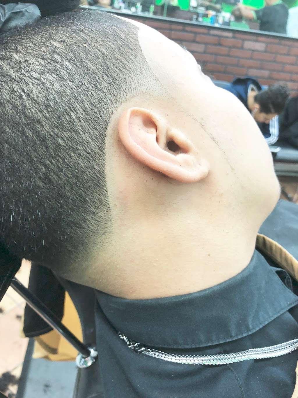 Majestic barbershop - hair care  | Photo 4 of 10 | Address: 163 Passaic St, Garfield, NJ 07026, USA | Phone: (973) 470-9777