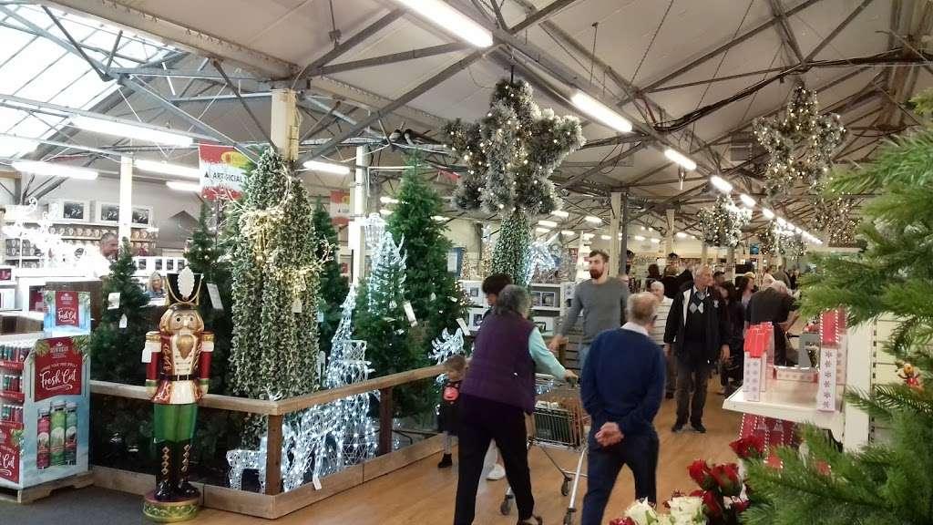 Polhill Garden Centre Sevenoaks Tn14 7bd Uk
