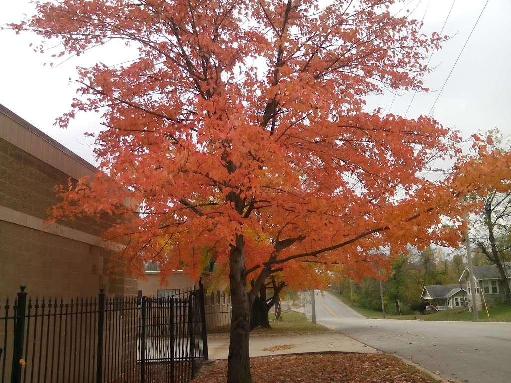 Heathwood Park - park  | Photo 6 of 10 | Address: 1021 Parallel Pkwy, Kansas City, KS 66104, USA | Phone: (913) 573-5000
