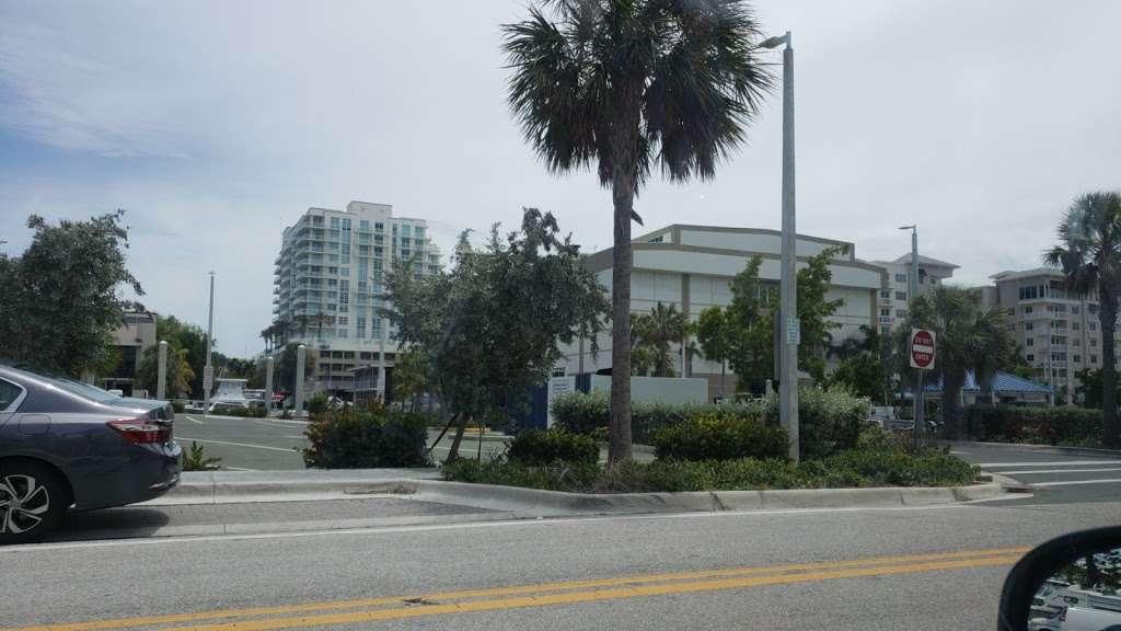 Coxs Landing 15th Street Boat Ramp Lot - parking  | Photo 1 of 1 | Address: 1784 SE 15th St, Fort Lauderdale, FL 33316, USA | Phone: (954) 828-3700