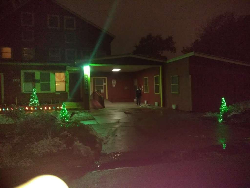 Sherman Rooming House - lodging  | Photo 9 of 10 | Address: 7026 Sherman St, Houston, TX 77011, USA | Phone: (713) 926-9551