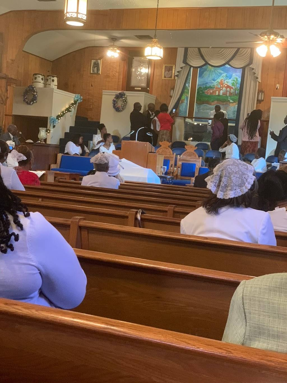 Mt Sinai Baptist Church - church    Photo 7 of 9   Address: 1249 Leboeuf St, New Orleans, LA 70114, USA   Phone: (504) 366-7643
