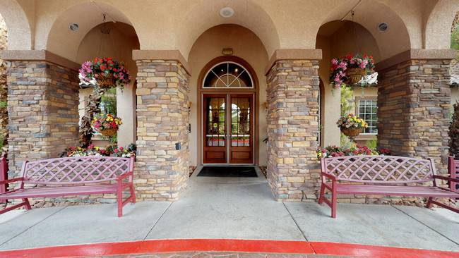 Carefree Senior Living at the Willows - real estate agency  | Photo 6 of 8 | Address: 3250 S Town Center Dr, Las Vegas, NV 89135, USA | Phone: (702) 233-0648