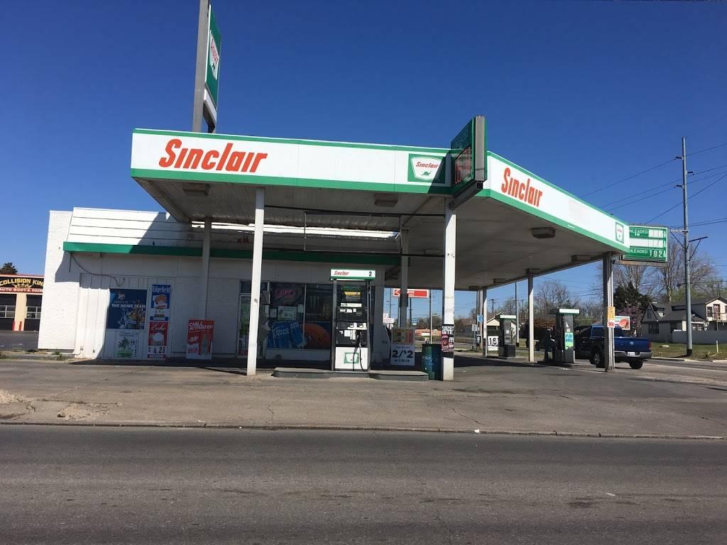 Star Food Mart - convenience store  | Photo 1 of 6 | Address: 2901 NW 10th St, Oklahoma City, OK 73107, USA | Phone: (405) 917-7828