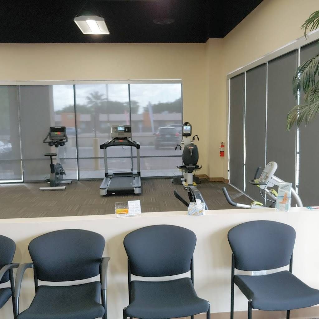 Athletico Physical Therapy - Mesa West - physiotherapist  | Photo 4 of 8 | Address: 425 N Stapley Dr UNIT 105, Mesa, AZ 85203, USA | Phone: (480) 729-8317