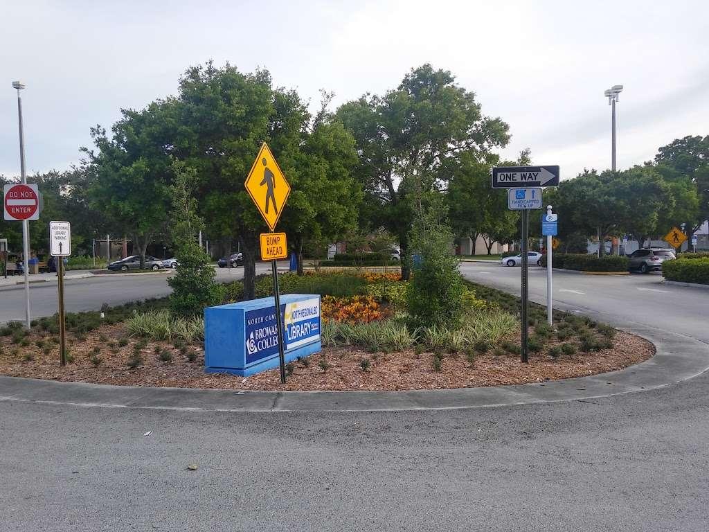 North Regional/Broward College Library - library  | Photo 6 of 10 | Address: 1100 Coconut Creek Blvd, Coconut Creek, FL 33066, USA | Phone: (954) 201-2600