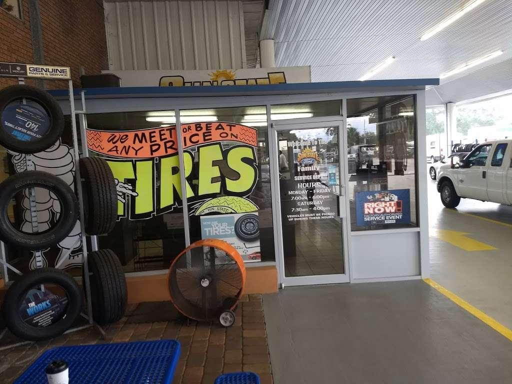 Sun State Ford - car repair  | Photo 5 of 10 | Address: 3535 W Colonial Dr, Orlando, FL 32808, USA | Phone: (407) 299-5900