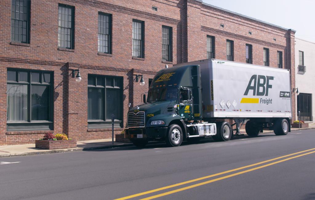 U-Pack - moving company  | Photo 3 of 10 | Address: 5215 W Lower Buckeye Rd, Phoenix, AZ 85043, USA | Phone: (844) 611-4582