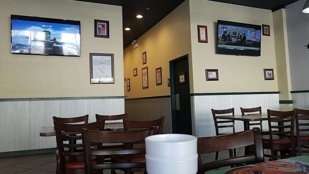 Wingstop - restaurant  | Photo 2 of 10 | Address: 2831 W 95th St, Evergreen Park, IL 60805, USA | Phone: (708) 425-9464