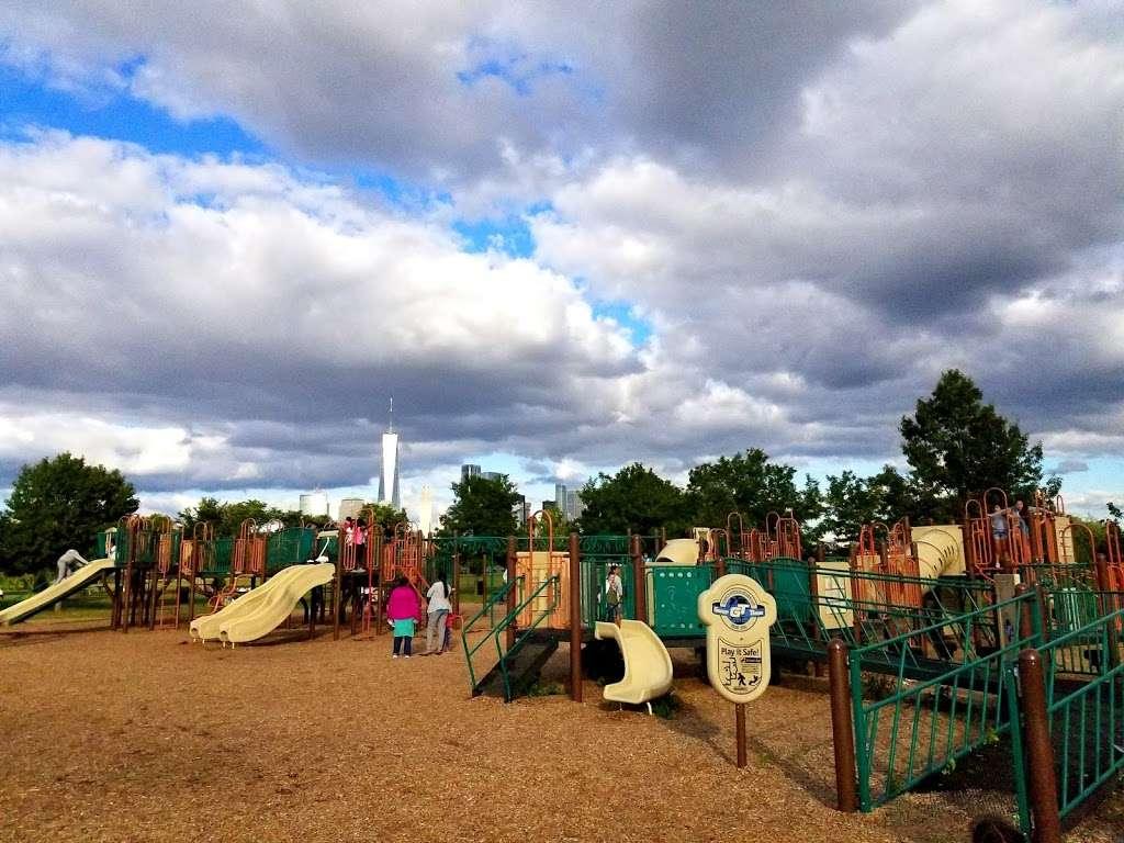 Childrens Play Area - park  | Photo 10 of 10 | Address: Jersey City, NJ 07305, USA