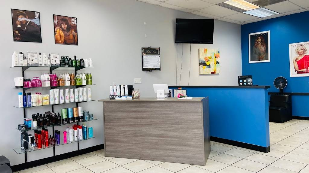 Today Clips - hair care  | Photo 3 of 9 | Address: 8546 S Hulen St, Fort Worth, TX 76123, USA | Phone: (817) 294-4292