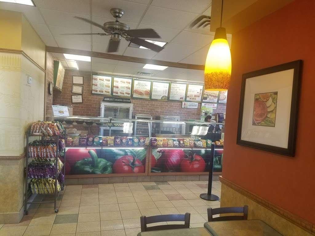 Subway Restaurants - restaurant  | Photo 8 of 10 | Address: 34-12 Broadway, Fair Lawn, NJ 07410, USA | Phone: (551) 224-8734