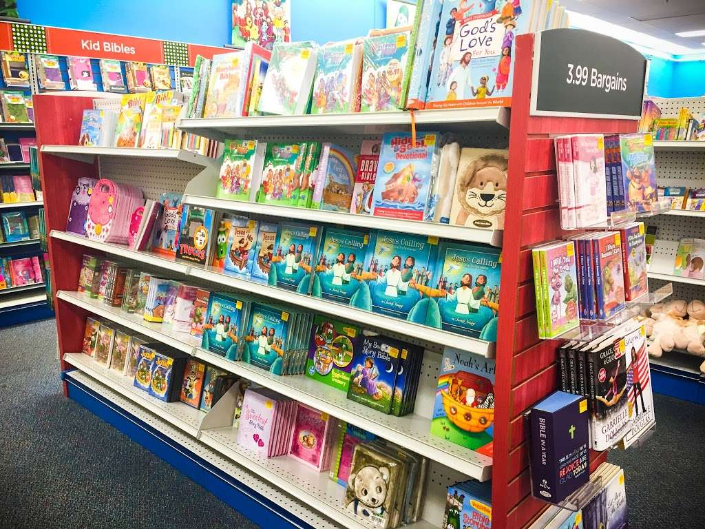 Mardel Christian & Education - book store    Photo 10 of 10   Address: 20085 Gulf Fwy, Webster, TX 77598, USA   Phone: (281) 316-5081