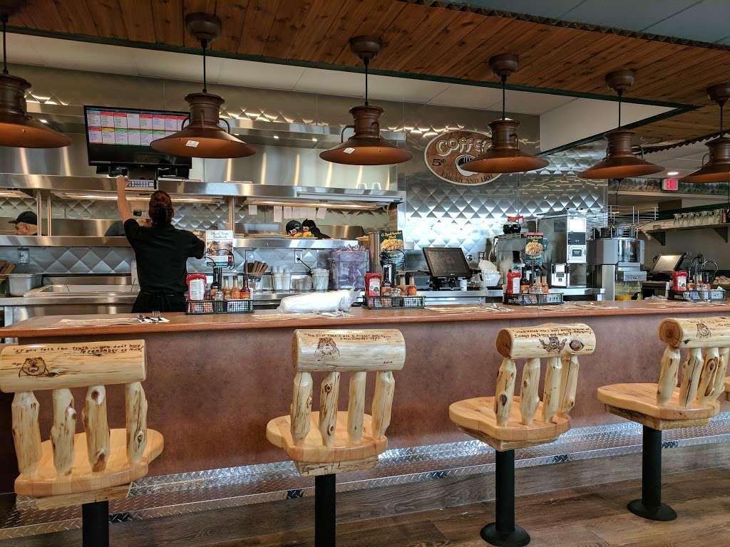 Chino Black Bear Diner - restaurant  | Photo 2 of 10 | Address: 12325 Mountain Ave, Chino, CA 91710, USA | Phone: (909) 364-9743