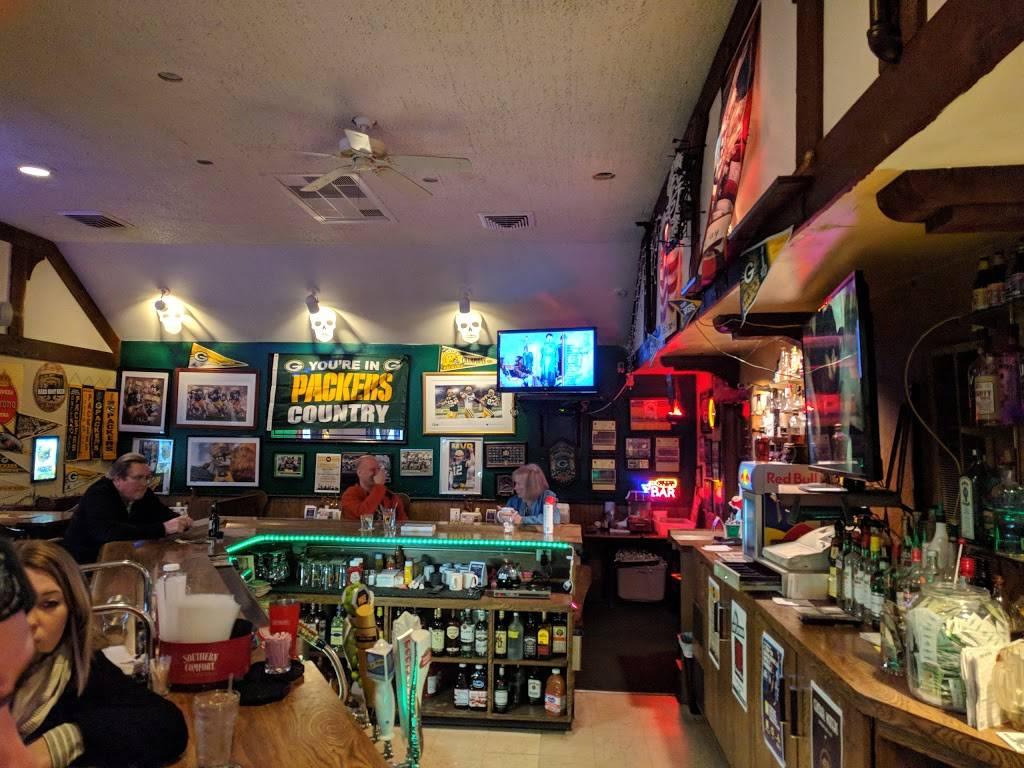 Green 7 - restaurant  | Photo 10 of 10 | Address: 6191 N Green Bay Ave, Milwaukee, WI 53209, USA | Phone: (414) 228-9963