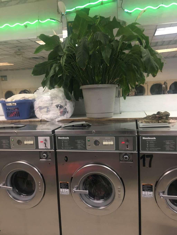 Li Jia Laundromat Inc - laundry  | Photo 10 of 10 | Address: 1890 Watson Ave, Bronx, NY 10472, USA | Phone: (718) 518-0993