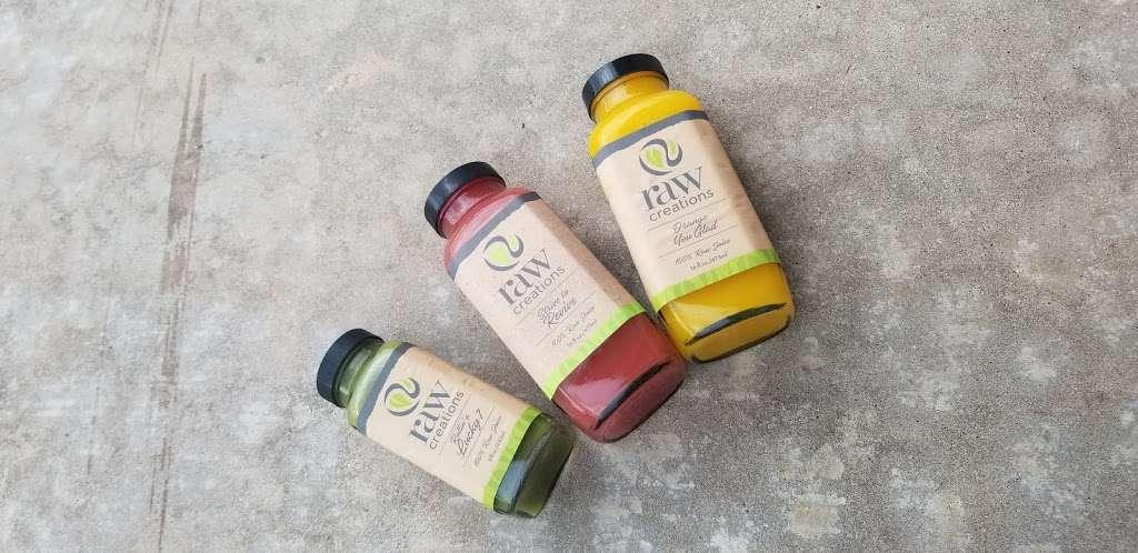 Raw Creations Juice Company - restaurant  | Photo 6 of 10 | Address: 18417 TX-105, Montgomery, TX 77356, USA | Phone: (936) 582-1729
