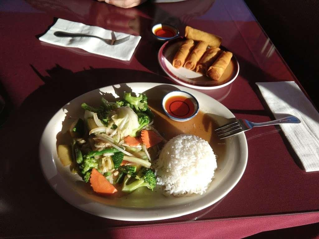 Thai Dishes Restaurant - restaurant  | Photo 5 of 9 | Address: 707 S Pacific Coast Hwy, Redondo Beach, CA 90277, USA | Phone: (310) 316-6326