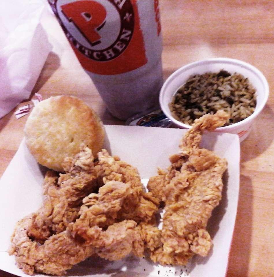 Popeyes Louisiana Kitchen - restaurant  | Photo 8 of 10 | Address: 1416 S Military Trail, West Palm Beach, FL 33415, USA | Phone: (561) 963-6119