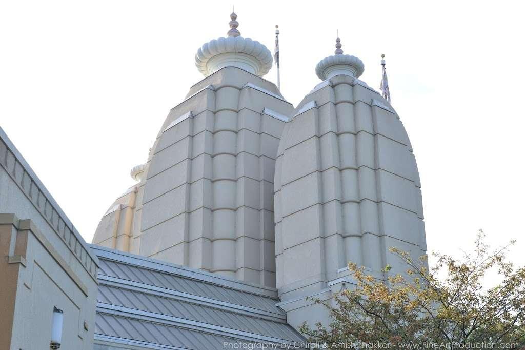 Shree Swaminarayan Temple - hindu temple  | Photo 10 of 10 | Address: 200 Penhorn Ave, Secaucus, NJ 07094, USA | Phone: (201) 325-0510