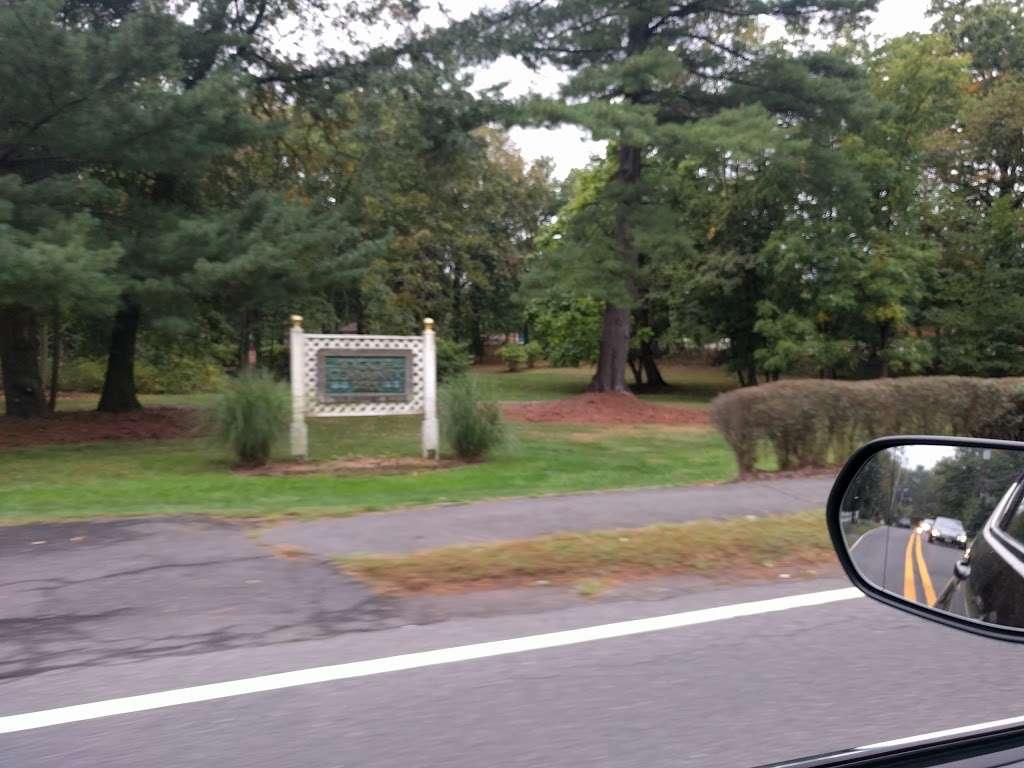 Wyckoff Community Park - park    Photo 2 of 10   Address: 475 Wyckoff Ave, Wyckoff, NJ 07481, USA   Phone: (201) 891-5571