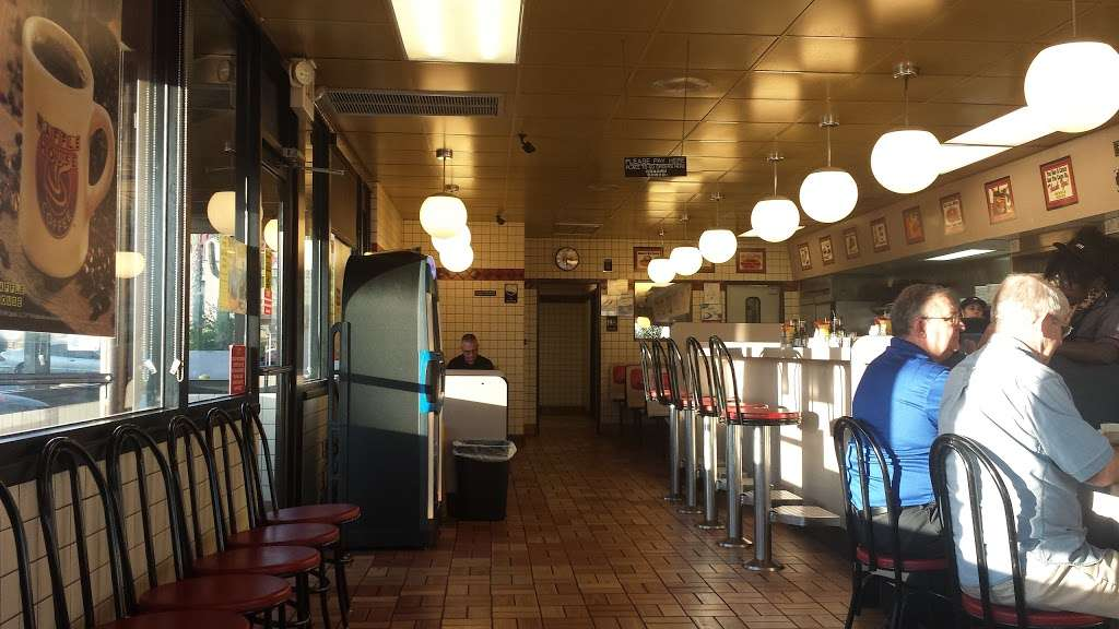 Waffle House - meal takeaway  | Photo 7 of 9 | Address: 1801 W Baseline Rd, Guadalupe, AZ 85283, USA | Phone: (480) 838-6407