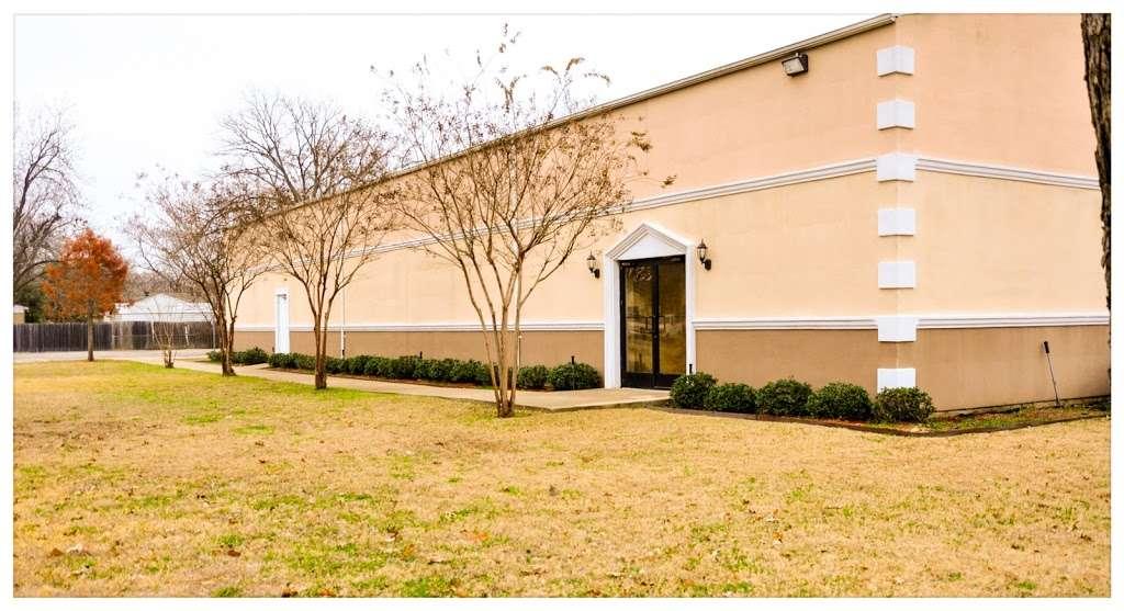 The Israel of God Dallas - church  | Photo 1 of 1 | Address: 522 Holcomb Rd, Dallas, TX 75217, USA | Phone: (214) 421-0600