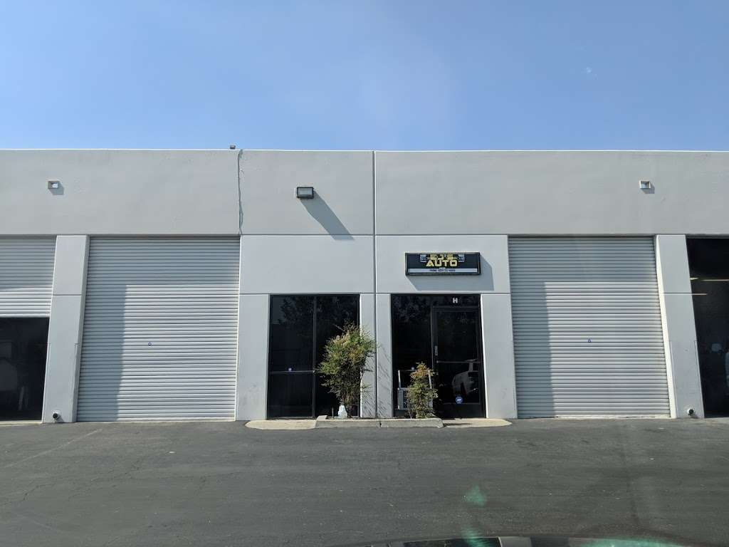 EJs Auto - car repair    Photo 2 of 7   Address: 151 S Wineville Ave unit h, Ontario, CA 91761, USA   Phone: (951) 237-6600