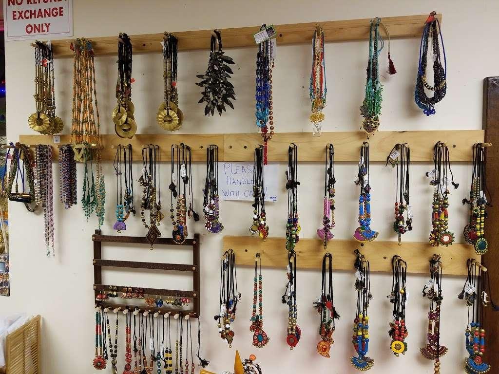 Desiya Handicraft Store - store  | Photo 7 of 10 | Address: 651 State Rte 115, Saylorsburg, PA 18353, USA | Phone: (570) 730-9849