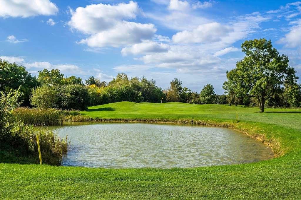 Stapleford Abbotts Golf Club - health    Photo 3 of 10   Address: Horsemanside, Tysea Hill, Romford RM4 1JU, UK   Phone: 01708 381108