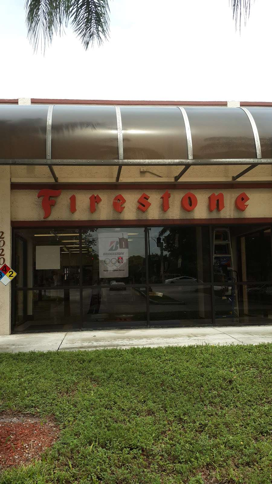 Firestone Complete Auto Care - car repair  | Photo 3 of 8 | Address: 2020 N University Dr, Coral Springs, FL 33071, USA | Phone: (954) 840-8591