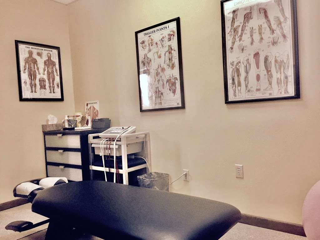 Annalee Chiropractic Care - doctor  | Photo 2 of 10 | Address: 920 Main St 2nd floor, Hackensack, NJ 07601, USA | Phone: (201) 530-0060