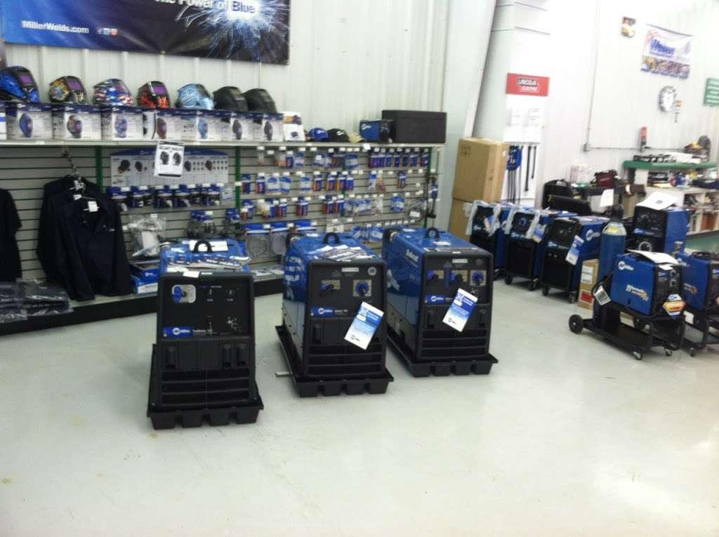 Roberts Oxygen - health    Photo 1 of 7   Address: 1206 Edgewood Rd, Bessemer City, NC 28016, USA   Phone: (704) 629-9898