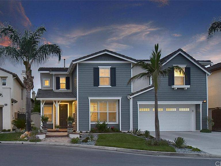 Luxury Real Estate - real estate agency  | Photo 5 of 10 | Address: 208 Marine Ave, Newport Beach, CA 92662, USA | Phone: (949) 607-8122