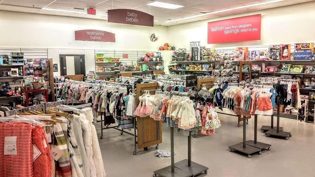 T.J. Maxx - department store  | Photo 1 of 10 | Address: 21 Mill Creek Dr, Secaucus, NJ 07094, USA | Phone: (201) 866-6279