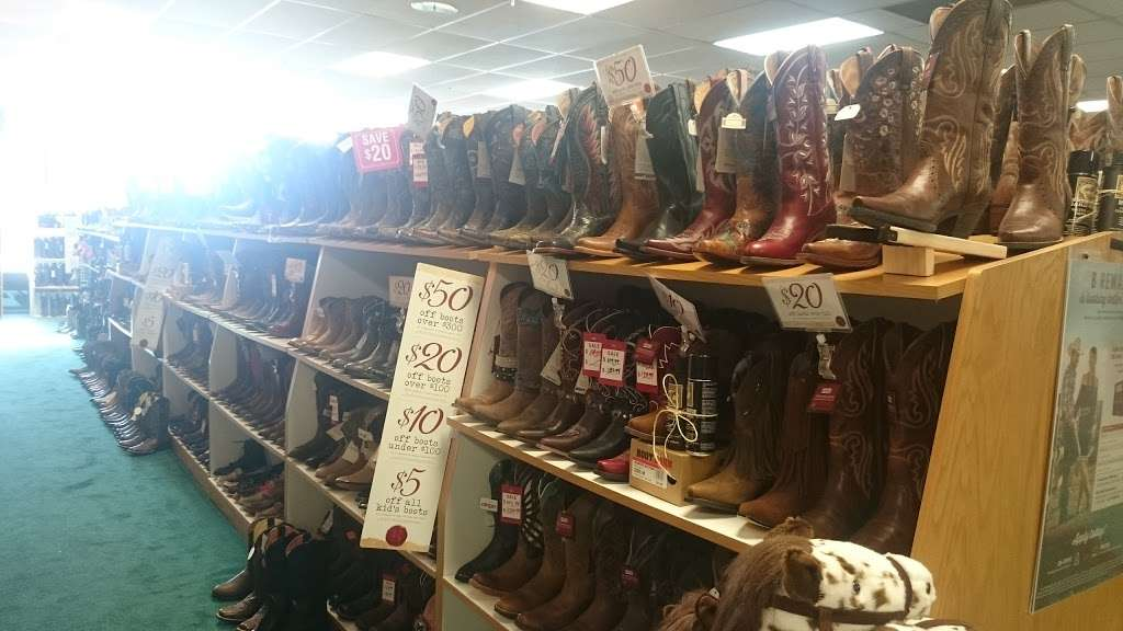 Boot Barn - shoe store  | Photo 10 of 10 | Address: 18420 Hawthorne Blvd, Torrance, CA 90504, USA | Phone: (310) 214-8555