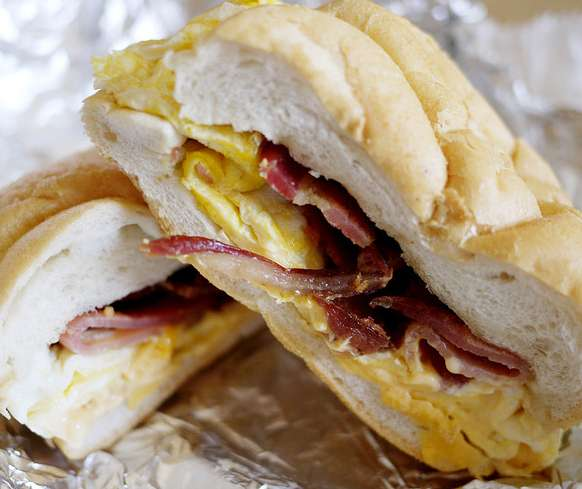 Maine Artisan Cafe - restaurant  | Photo 6 of 10 | Address: 400 Plaza Dr, Secaucus, NJ 07094, USA | Phone: (201) 885-3277
