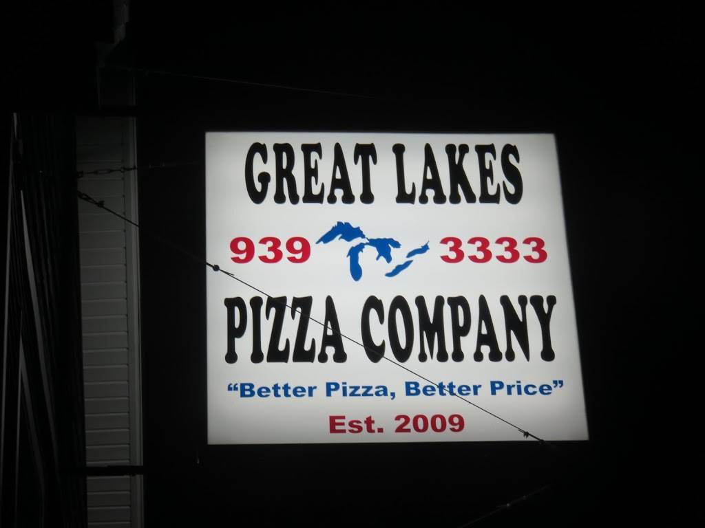 Great Lakes Pizza - meal delivery  | Photo 6 of 10 | Address: 444 Indian Church Rd, Buffalo, NY 14224, USA | Phone: (716) 939-3333