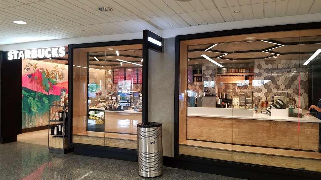 Starbucks - cafe  | Photo 5 of 10 | Address: 600 World Way, Los Angeles, CA 90045, USA