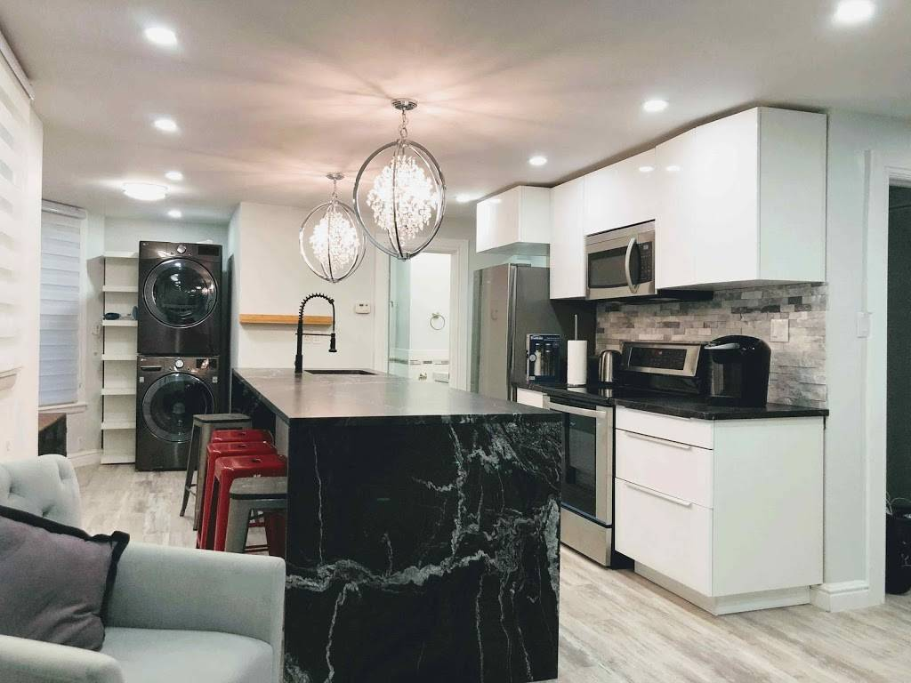 K&D Home Suites, Modern Furnished Rentals - lodging    Photo 4 of 9   Address: 1482 Wyandotte St E, Windsor, ON N9A 3K9, Canada   Phone: (226) 280-8706