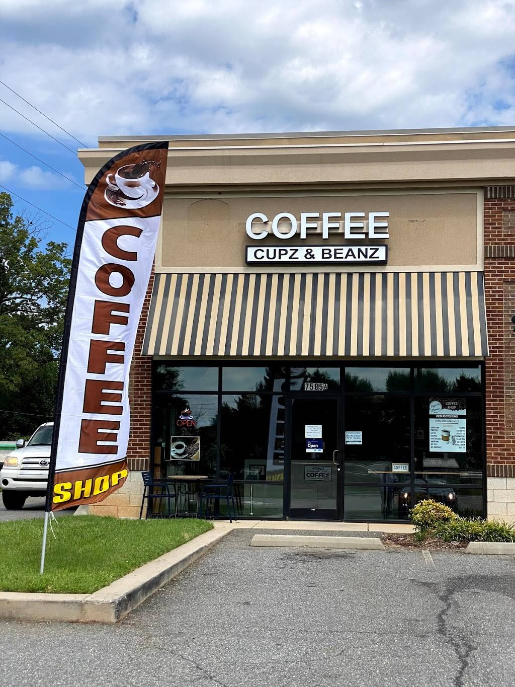 Cupz & Beanz - cafe  | Photo 1 of 9 | Address: 117 N Pilot Knob Rd Unit A, Denver, NC 28037, USA | Phone: (704) 964-6433