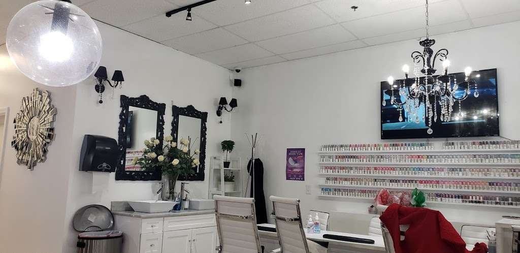 Salem Nail Bar - hair care  | Photo 5 of 10 | Address: 7 Traders Way #3c, Salem, MA 01970, USA | Phone: (978) 594-0211