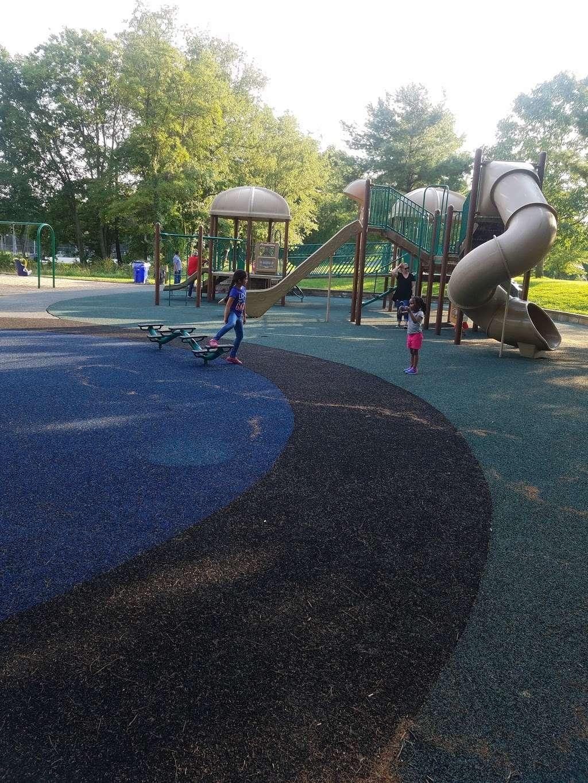 Rockburn Park Playground - park  | Photo 8 of 10 | Address: 6105 Rockburn Branch Park Rd, Elkridge, MD 21075, USA | Phone: (410) 313-4700