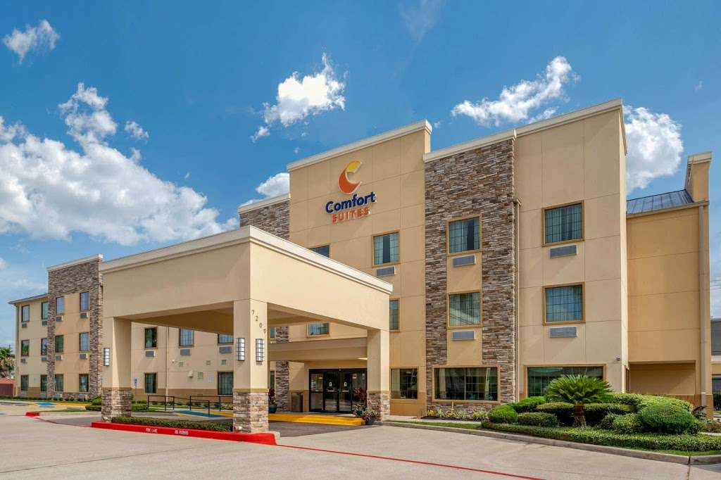 Comfort Suites - lodging    Photo 1 of 10   Address: 7209 Garth Rd, Baytown, TX 77521, USA   Phone: (281) 421-9764