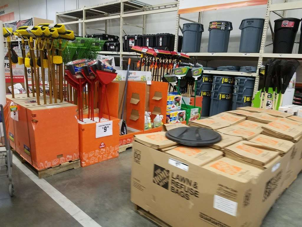 The Home Depot - hardware store  | Photo 2 of 10 | Address: 7605 Tonnelle Ave, North Bergen, NJ 07047, USA | Phone: (201) 868-8125
