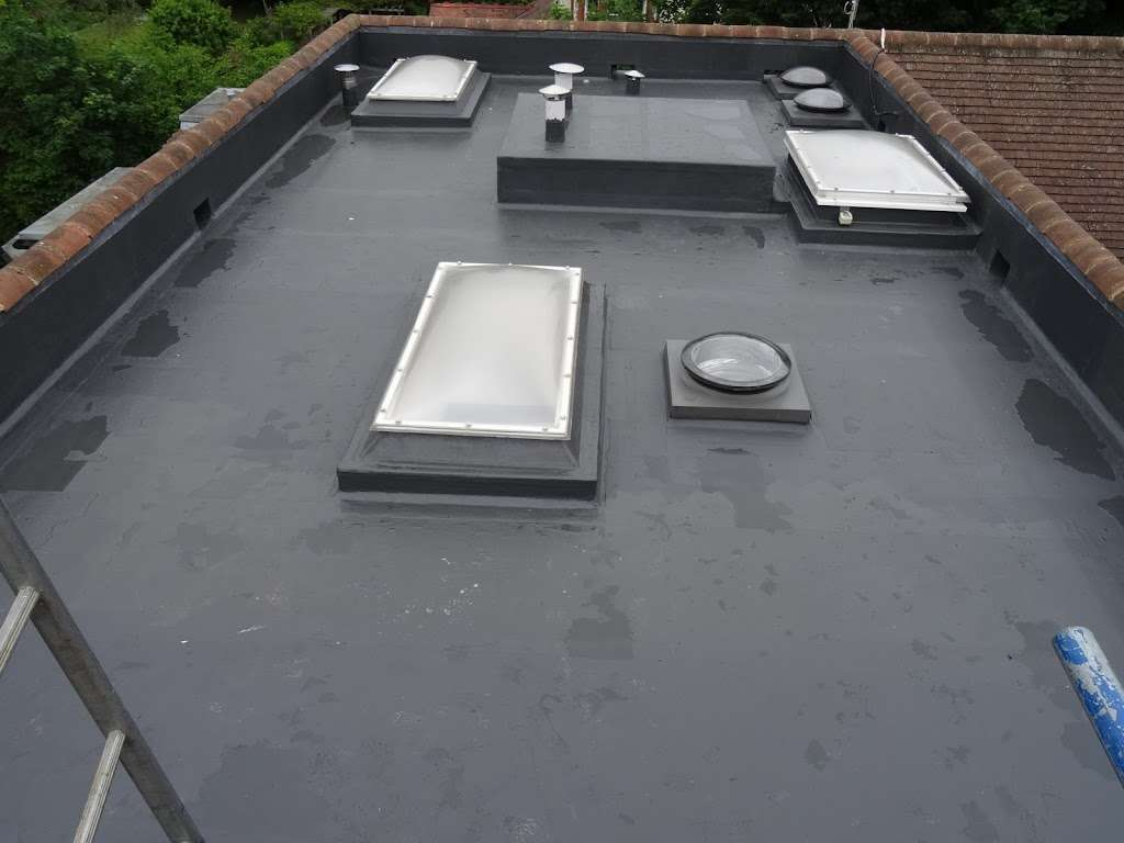 CLS Roofing Specialists - roofing contractor  | Photo 10 of 10 | Address: The Oaks Wellpond Green Standon, Ware SG11 1NN, UK | Phone: 01279 842931