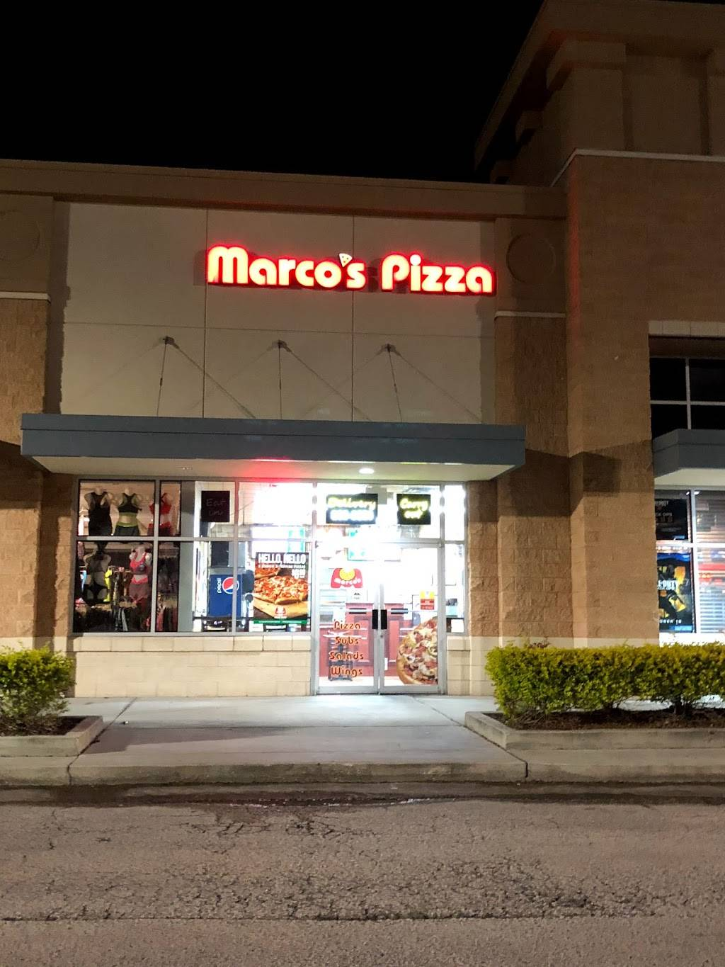 Marcos Pizza - meal takeaway  | Photo 2 of 8 | Address: 2097 Town Center Blvd, Orlando, FL 32837, USA | Phone: (407) 888-3288
